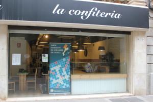 """Presentació de la LLISCA a Manresa, a """"la confiteria""""."""